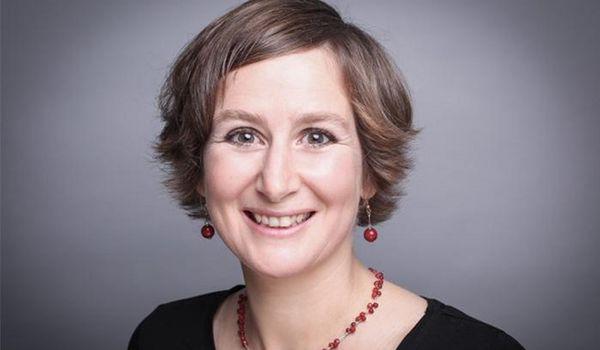 Porträt von Frau Monika Vetter