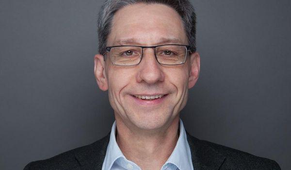 Porträt von Herrn Claus Gruhl