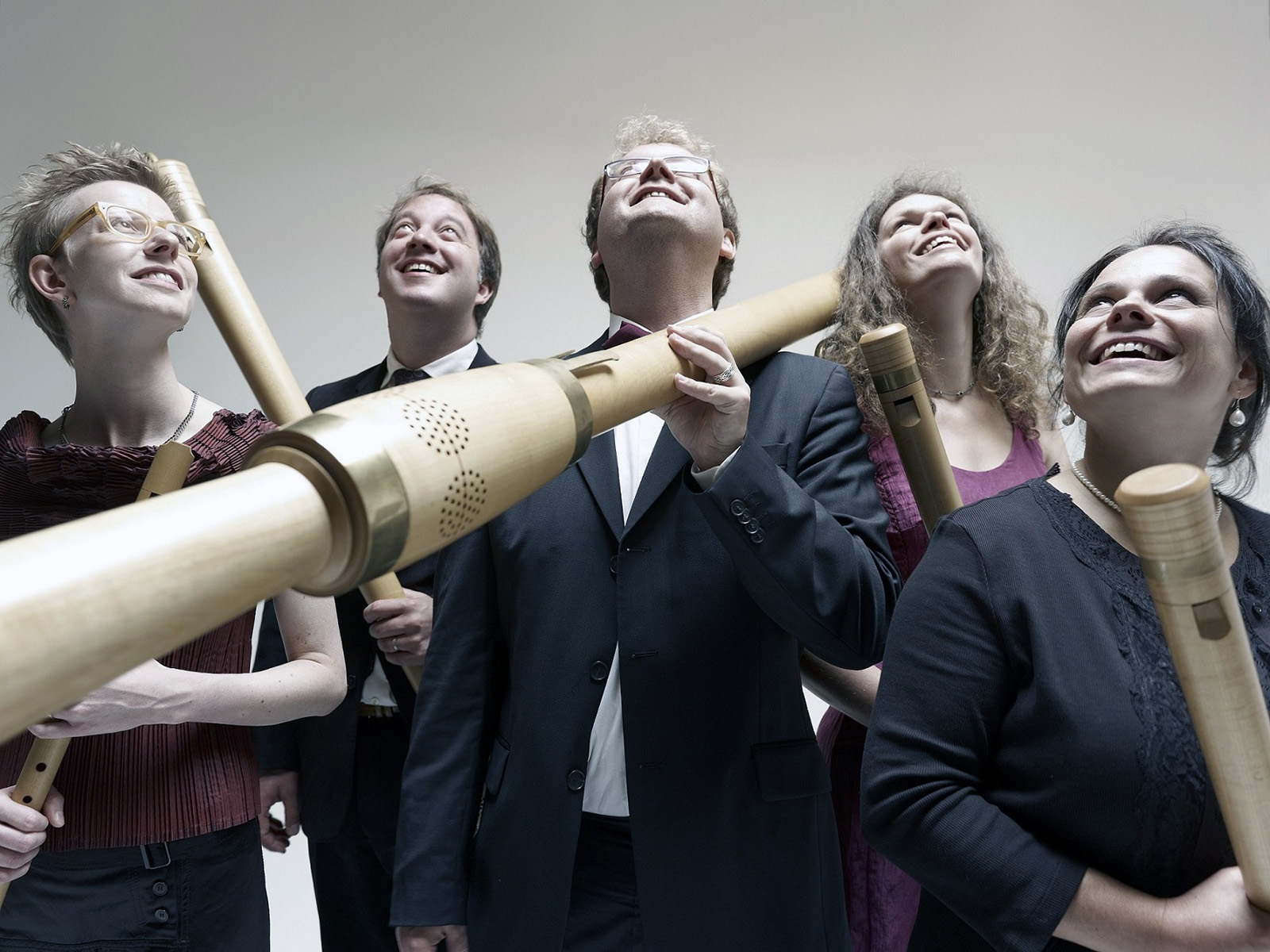 Ensemble B-Five, drei Frauen und zwei Männer mit ihren Instrumenten